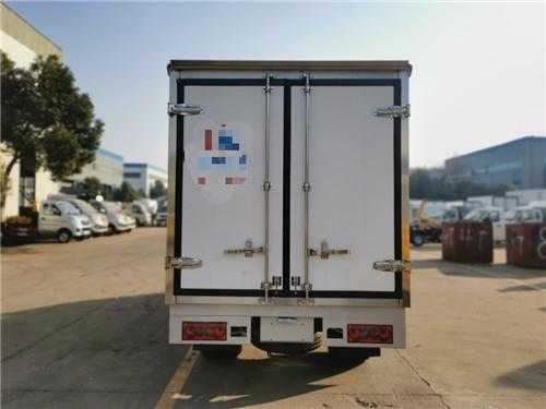 国六金杯T50后双轮汽油冷藏车